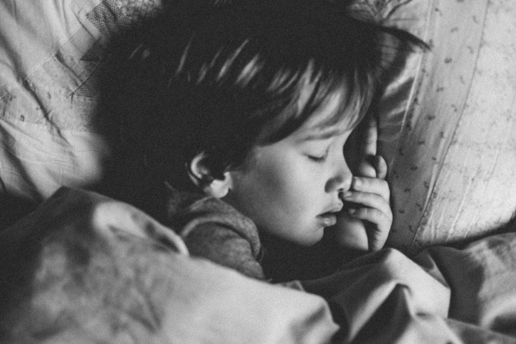 How To Fall Asleep Fast When I'm Not Yet Sleepy?